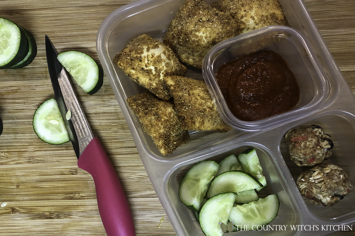 toasted air fryer ravioli in bento box